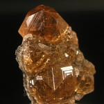Garnet-Grossular-Jeffrey-Mine-Asbestos-Quebec