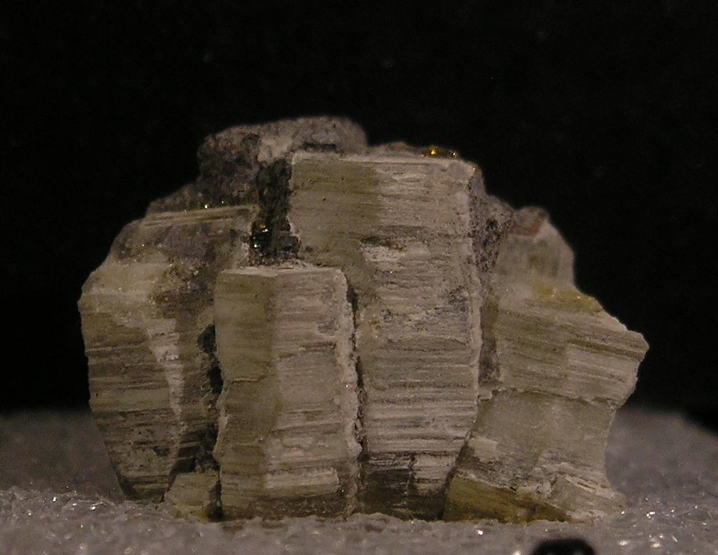 Weloganite Francon Quarry Montreal Quebec - 001