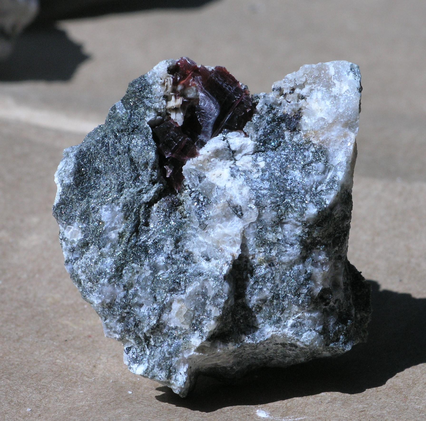 Villiaumite Fine  specimen mineral Mont Saint Hilaire, Quebec - 003
