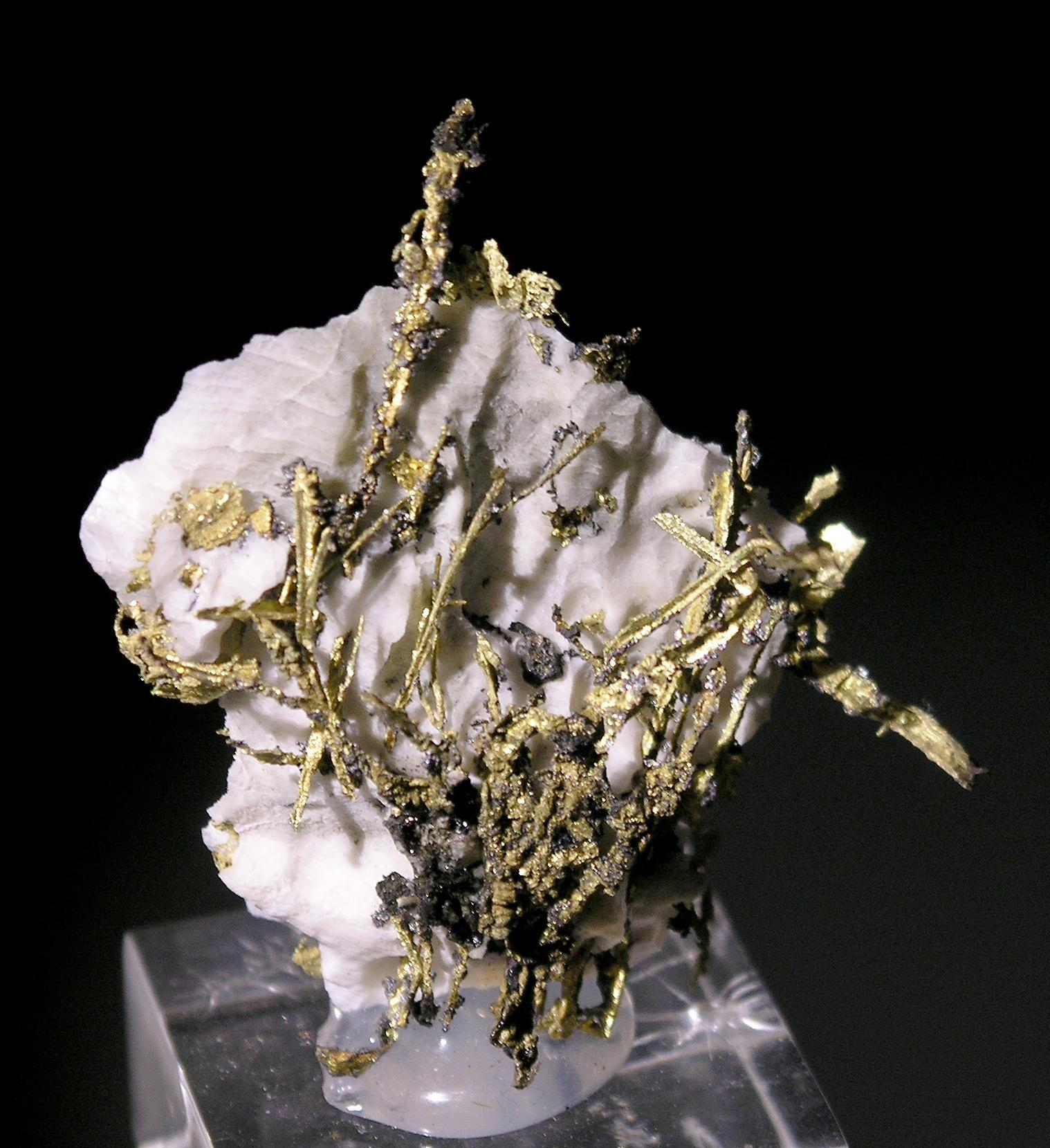natural wire gold