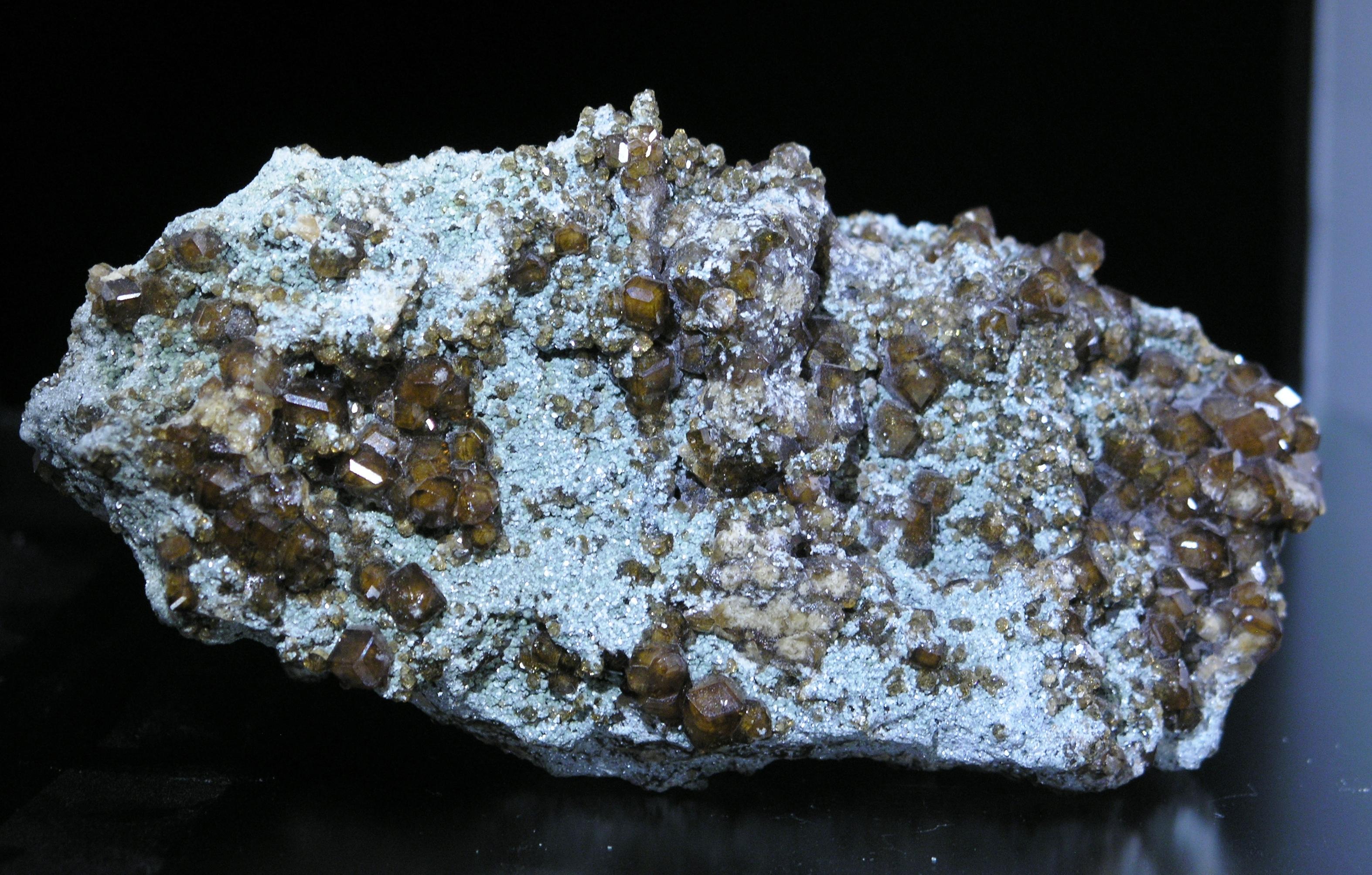 Hessonite Grossular Garnet Bazhenovskoe Asbest ...
