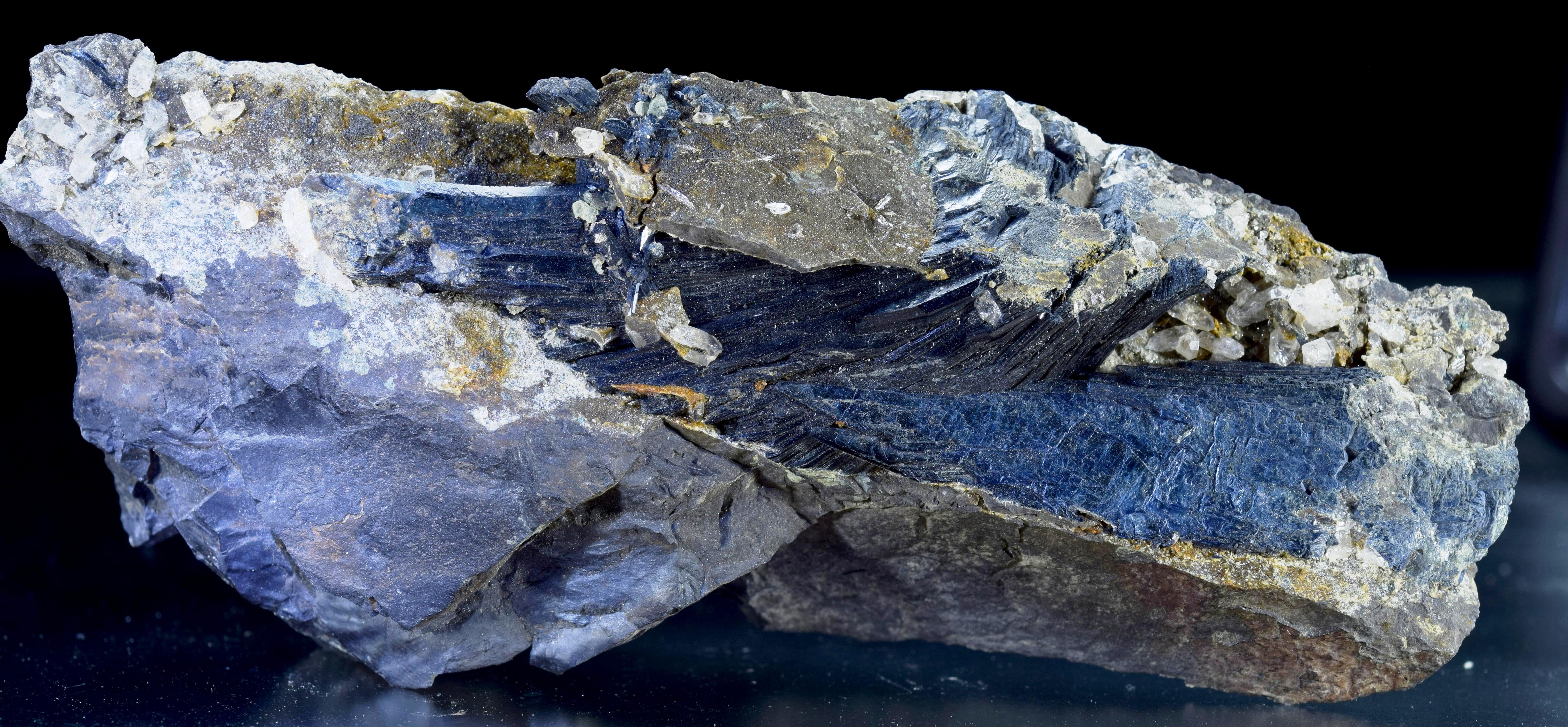 VIVIANITE, Rapid Creek, Yukon, Canada - 001