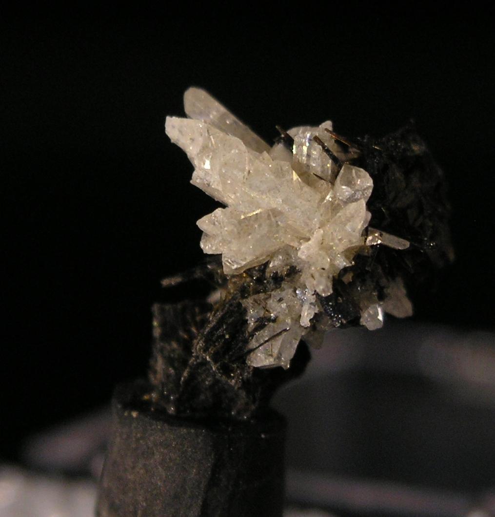 Eudidymite, Fine mineral specimen Mont Saint Hilaire, Quebec -003