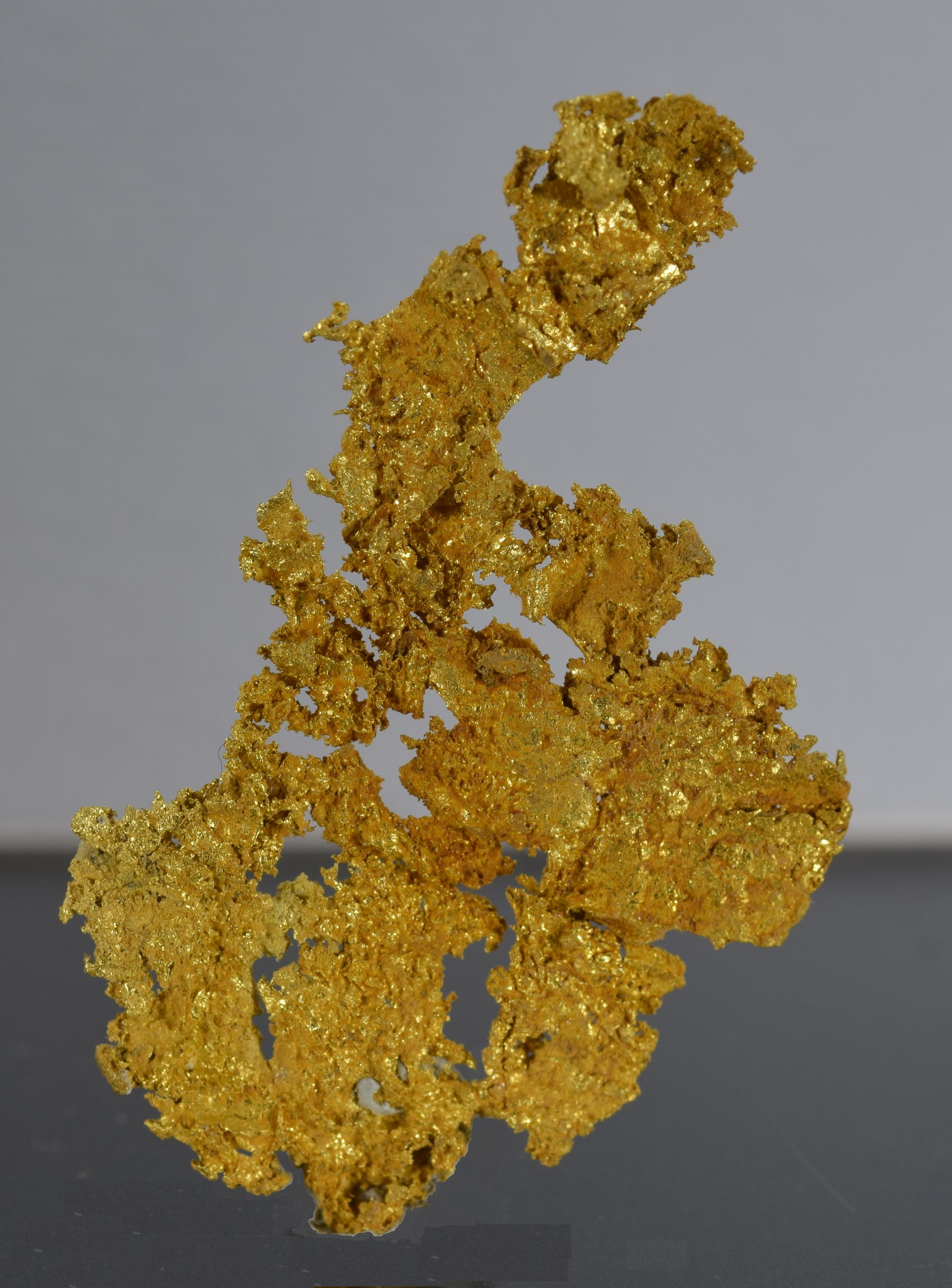 Gold fine mineral specimen new locality -011