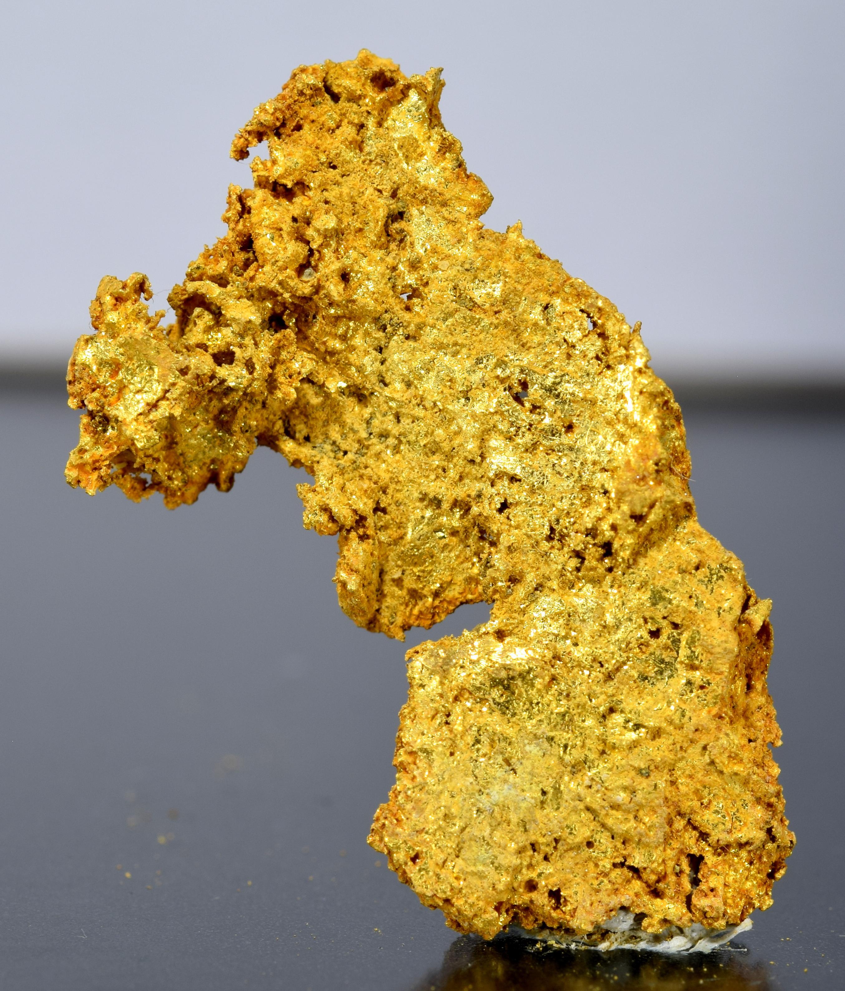 Gold fine mineral specimen new locality -013